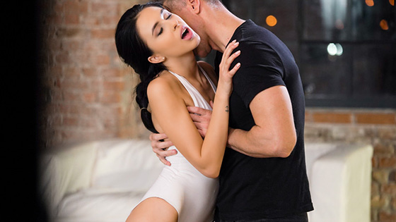 Alyssa Bounty - Ballerina Roleplay [21 Erotic Anal] - April 10, 2021