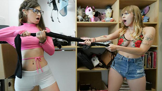 Angel Youngs, Avery Moon - Smarts vs. Sluttiness [Dad Crush] - October 5, 2021
