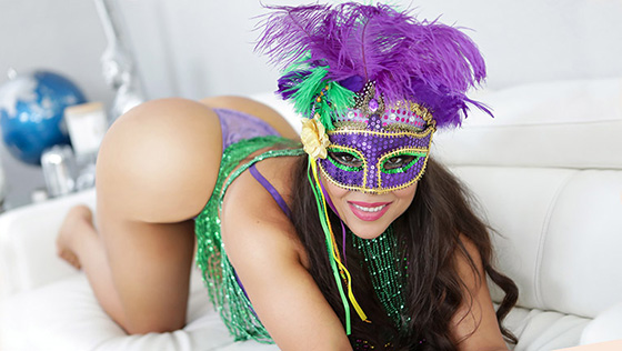 Carmela Clutch - Happy Mardi Gras To Me [Got MYLF] - February 27, 2021