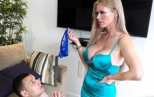 Casca Akashova - Teaches Step Son a Lesson [Mom Is Horny / Bang Bros] - September 17, 2020
