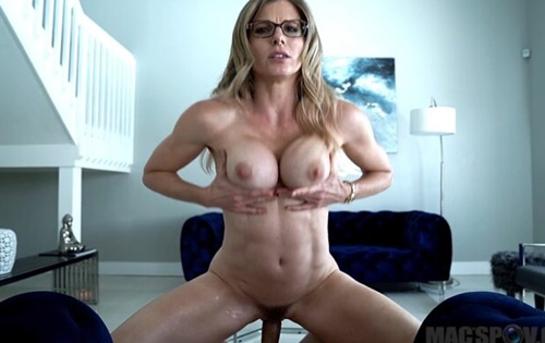 Cory Chase - Hot Mom Cory Chase Comes Back For Cum [Mac