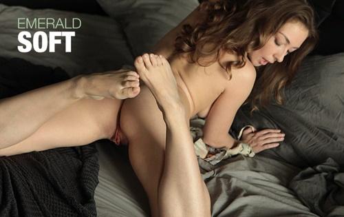 Emerald - Soft [Femjoy] - October 31, 2020
