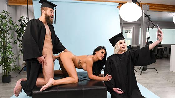 Gianna Grey - Graduating Tits [Brazzers Exxtra / Brazzers] - September 1, 2021