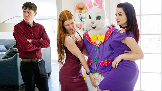 Jane Rogers, Jessica Ryan - Seducing The Easter Bunny [Family Strokes] - April 6, 2021