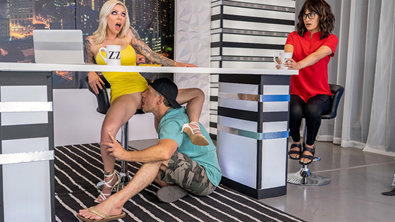 Karma RX - Ratings Up The Ass! [Brazzers Exxtra / Brazzers] - August 4, 2021