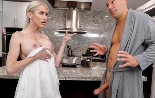 Katie Monroe - Creampie For Katie Monroe [Big Tit Cream Pie / Bang Bros] - September 16, 2020