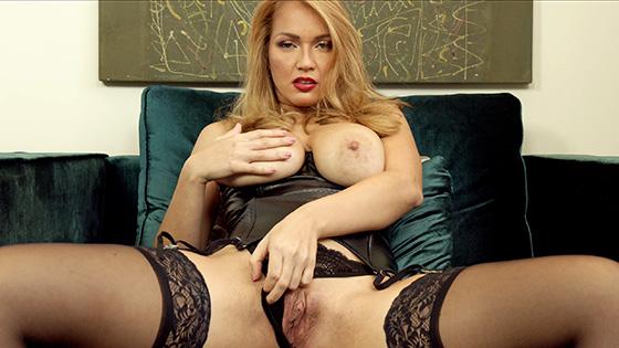 Larissa Leite - Luscious Larissa [5K Porn] - June 12, 2021