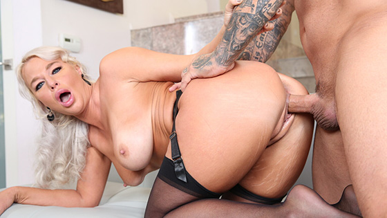 London River - Please Cum On My Tits [Arch Angel] - December 14, 2020
