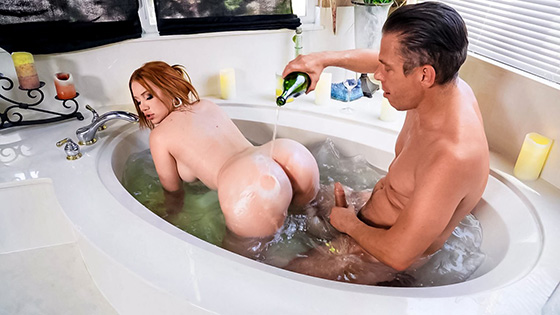 Madison Morgan - What Romantic Evening? [Real Wife Stories / Brazzers] - September 16, 2021