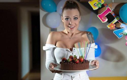 Misha Maver - Happy Birthday Indeed [Stay Home Milf] - September 22, 2020