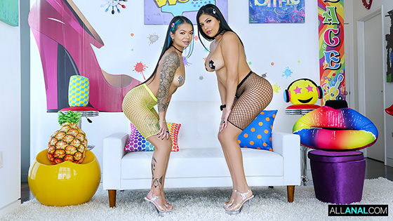 Paisley Paige, Serena Santos - Anal Party [All Anal] - December 19, 2020
