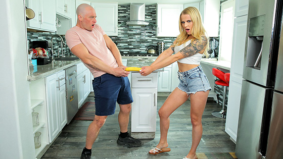 Paris White - Giving My Step Sister The Finger [Bratty Sis] - June 7, 2021