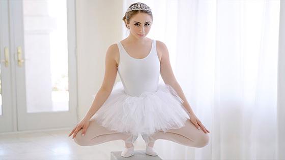 Penelope Kay - Stretchy Lil Dancer [Exxxtra Small / Team Skeet] - June 28, 2021