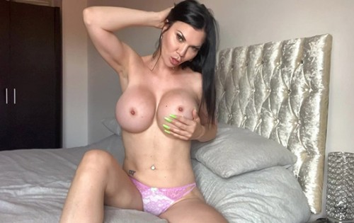 Jasmine Jae - Horny And Fucks Her Wet Pussy [Bang Surprise / Bang] - August 3, 2020