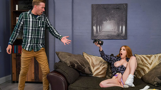 Scarlett Jones - Curious Babysitter Gets Fucked Hard [Teens Like It Big / Brazzers] - August 2, 2021