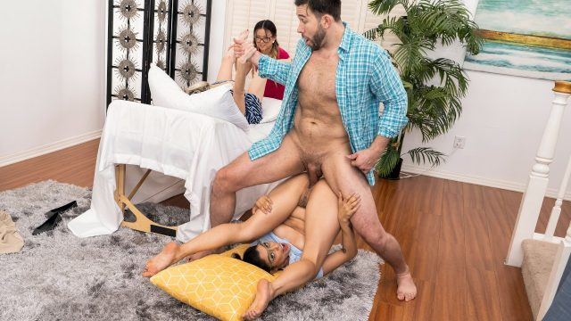 Vanessa Sky, Lulu Chu - Squirt, Pop and Deliver [Brazzers Exxtra / Brazzers] - December 4, 2020