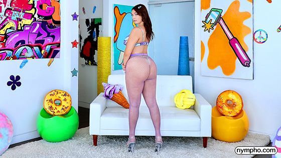 Vivian Taylor - Sexual Playtime With Vivian [Nympho] - September 1, 2021