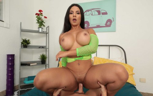 Rose Monroe - Thick As Fuck - May 20, 2019
