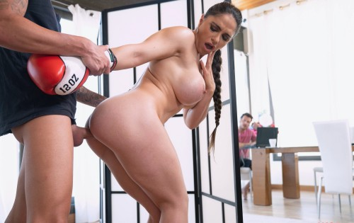 Marta La Croft - Trainer Works Her Titties Out [DDF Busty / DDF Network] - August 3, 2020