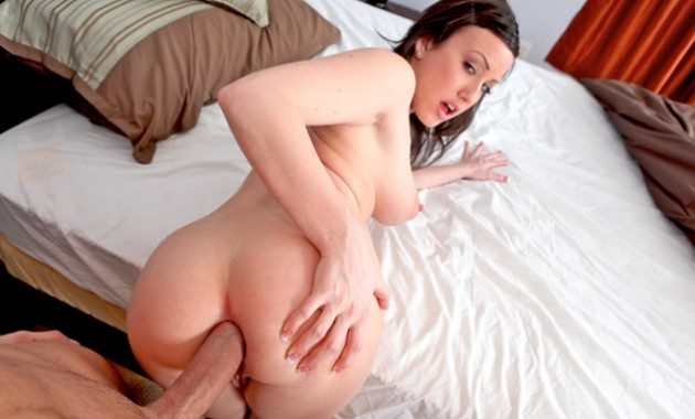 Jennifer White - Cock Hungry Teen Attack - May 19, 2015