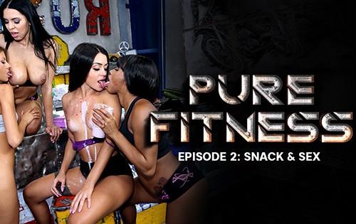 Rebecca Volpetti, Kira Queen, Kiki Minaj, Martina Smeraldi - Snack And Sex [Rocco Siffredi] - July 26, 2020